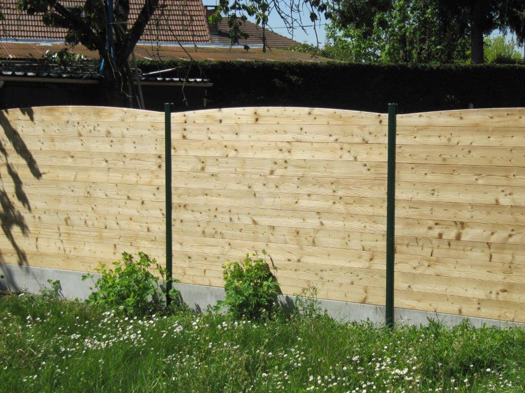IMG_3816 clôture bois THT et poteaux vert